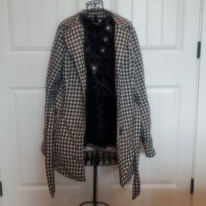 Houndstooth pattern pea coat